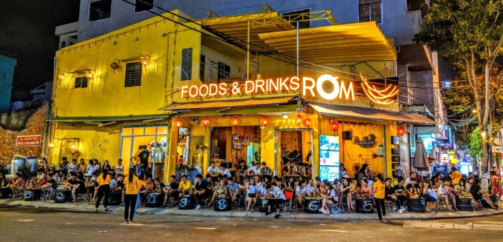 quán bia úp ngược đà nẵng Chill NightRƠM FOOD AND DRINK